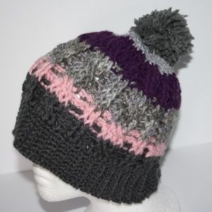 Crochet cable beanie gray purple pink